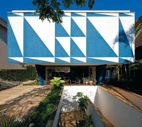 Em 2015, comemoram-se os 100 anos do nascimento de Vilanova Artigas, um dos mais importantes arquitetos do Brasil. Para celebrar a data, a família prepara uma série de eventos e lançamentos que vão relembrar os grandes projetos do criador da Faculdade de Arquitetura e Urbanismo (FAU) da USP e do Estádio do Morumbi