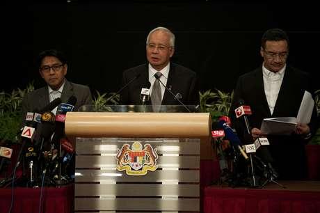 <p>Premiê da Malásia confirmouque o avião desaparecido terminou sua jornada no sul do oceano Índico</p>