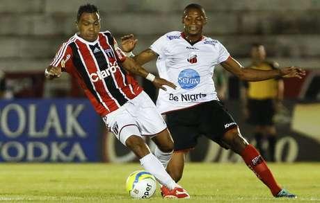 Equipe de Leandro, ex-São Paulo, Botafogo foi eliminado nos pênaltis