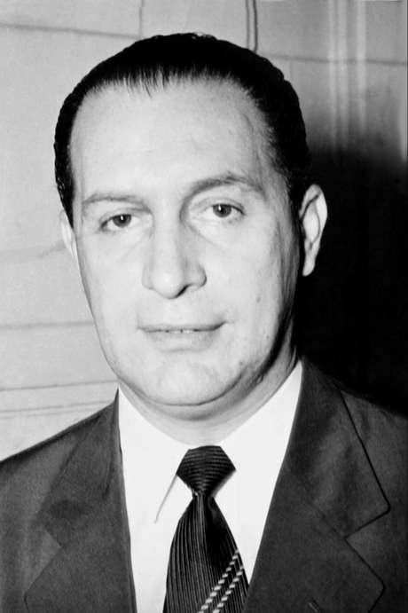 Ranieri Mazzilli, advogado e deputado federal por sete mandatos consecutivos, era presidente da Câmara dos Deputados em 1964
