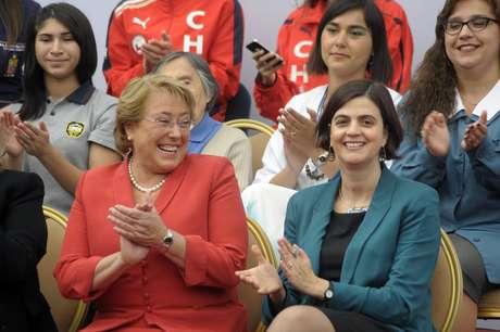 <p>Michele Bachellet junto a Claudia Pascual, Ministra del Sernam.</p>