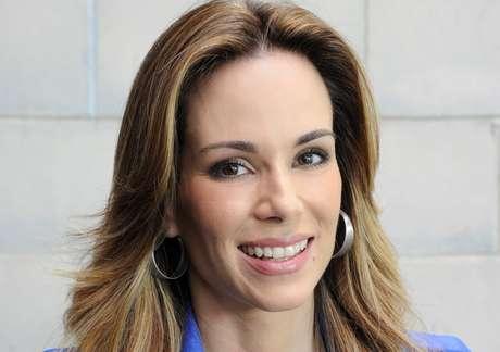 Aos 40 anos, a apresentadora Ana Furtado não mede esforços para deixar a pele bonita, jovem e livre da oleosidade