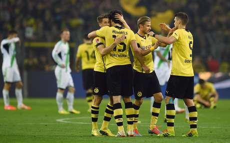 Borussia Dortmund luta pela segunda posição do Alemão