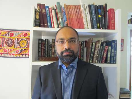 <p>Shobhan Saxena acredita que o candidato da oposição, se eleito, não será bem sucedido ao administrar um país com tanta diversidade religiosa, cultural e étnica, como a Índia</p>