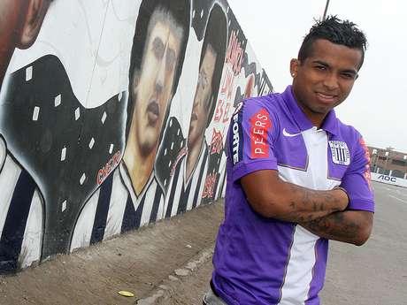 Junior Ponce, volante de Alianza Lima