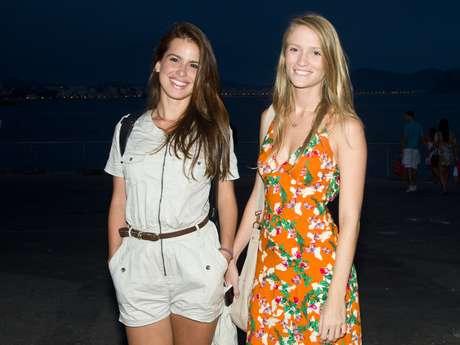 <p>Na opini&atilde;o do p&uacute;blico que compareceu ao Fashion Rio, as cariocas se destacam em rela&ccedil;&atilde;o &agrave;s mulheres de outros Estados por causa do charme e do &quot;borogod&oacute;&quot;. As outras discordam e rebatem &quot;cr&iacute;ticas&quot; durante a semana de moda carioca</p>