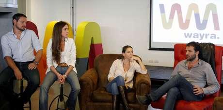 de izq. a der.: Martín Spinetto, fundador de Widowgames; Lorena Suárez, Country Manager de Wayra Argentina; Lourdes Rivas, fundadora de Geartranslation y Andrés Saborido, Country Manager de Wayra España.