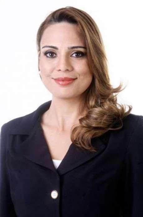 <p>Após polêmicas, SBT vetoucomentários pessoais de Rachel Sheherazade.</p>