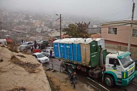 Restricción busca priorizar tránsito de vehículos de emergencia y de ayuda