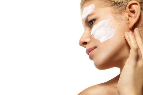 Vilãs da beleza feminina, as rugas, flacidez e manchas podem ser combatidas com quatro novos ativos desenvolvidos especialmente para rejuvenescer e recuperar a beleza da pele