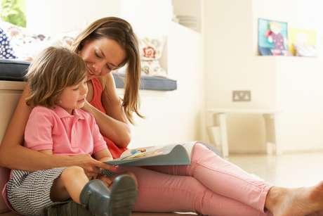 """<p><span style=""""font-size: 15.4545450210571px;"""">Pais podem incentivar filhos aincluir em seu lazer das férias atividades que exercitem memória, foco e atenção</span></p>"""