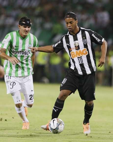<p>Ronaldinho teve boaatuação no primeiro tempo</p>