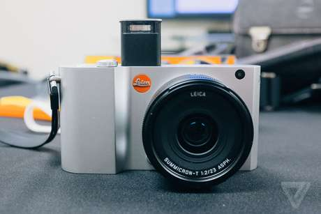 <p>Leica T &eacute; produzida na Alemanha e seu design foi feito em parceria com a Audi</p>