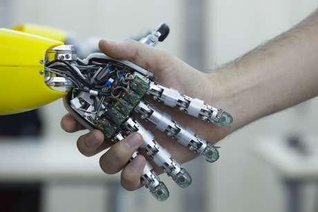 """<p>""""Não vejo como um robô seria diferente de um sex toy"""", disse um dos participantes</p>"""