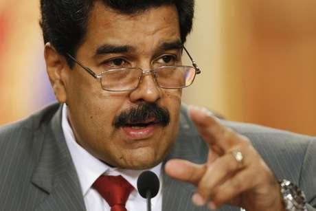 <p>EUA aprovaram&nbsp;nesta sexta-feira um projeto de lei que imp&otilde;e san&ccedil;&otilde;es contra alguns funcion&aacute;rios do governo do presidente Nicol&aacute;s Maduro</p>