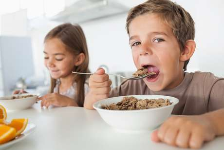 O cereal matinal (foto) e a quinoa são ricos em fibras, fundamentais para uma alimentação saudável