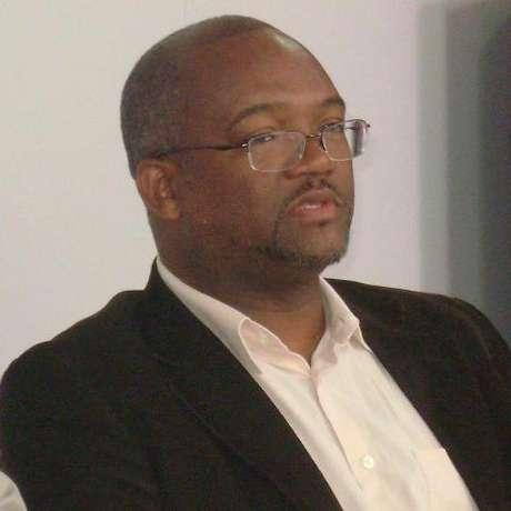 O presidente da Associação Brasileira de Pesquisadores Negros, Paulino Cardoso, acredita que programas como Prouni e Fies, que facilitam a entrada do negro na universidade, também contribuem para pesquisas no setor