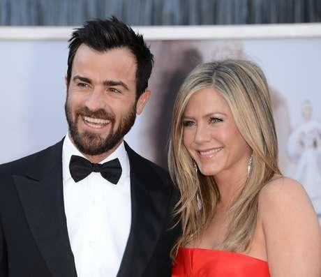 <p>Jennifer e o marido planejam aumentar ainda mais a mansão em que vivem, na Califórnia</p>