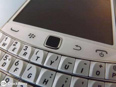 Teclado QWERTY e botões físicos do trackpad vão voltar no smartphone BlackBerry Classic