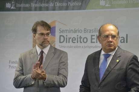 <p>O presidente do TSE, Dias Toffoli, e o ministro Gilmar Mendes</p>
