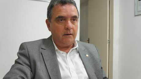 <p>Presidente do Santa Cruz, Antônio Luiz Neto, foi um dos dirigentes a participar do encontro</p>