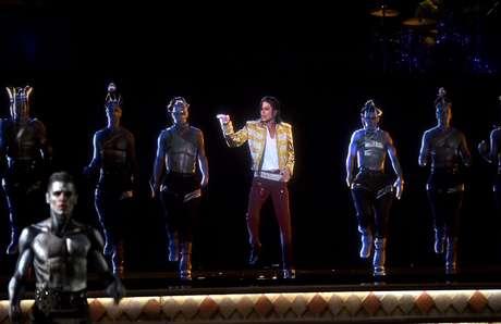 <p>Michael Jackson reapareceu como holograma no evento</p>