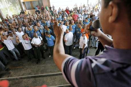 <p>Assembleia realizada nessa quinta-feira determinou a greve</p>
