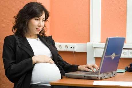 <p>Evitar estrias, manter-se em forma e fazer sexo estão entre as preocupações de grávidas de várias partes do mundo</p>