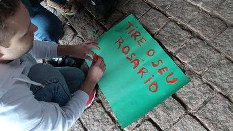 <p>Um grupo de cerca de 300 manifestantes, segundo a PM, realizou na tarde deste s&aacute;bado, em S&atilde;o Paulo, a quarta edi&ccedil;&atilde;o da Marcha das Vadias</p>