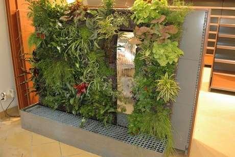 Jardines interiores for Jardines interiores pequenos minimalistas