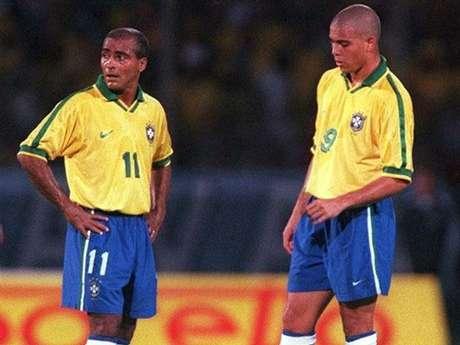 Atuais desafetos, Romário e Ronaldo foram companheiros de Seleção Brasileira
