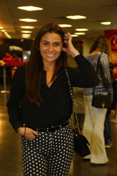 <p>Giovanna Antonelli foi clicada com o esmalte verde da sua personagem Clara, de<em> Em Família</em>: Alegria, da linha Gio Antonelli Sensações, da Hits Speciallità. Preço: R$ 3,75. Informações: (11) 2606-1012</p>