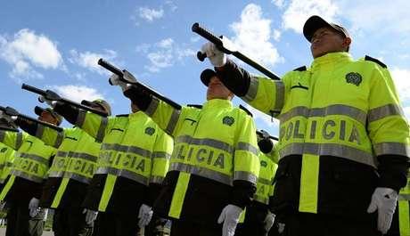 Polic a nacional desmantela red de traficantes de armas for Interior y policia porte y tenencia
