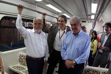 Governador da Bahia, Jaques Wagner, acompanha vistoria no metrô