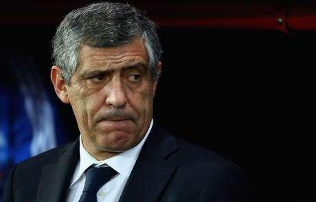 <p>Treinador Fernando Santos tem a difícilmissão de levar a Grécia às oitavas de final</p>