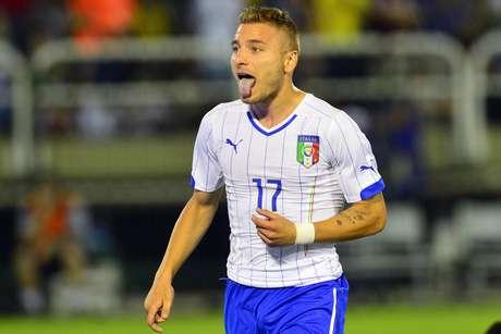 Immobile comemora um dos gols marcados pela Itália