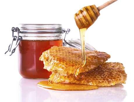 <p>Corpo gasta mais energia para processar mel, por isso é menos calórico</p>