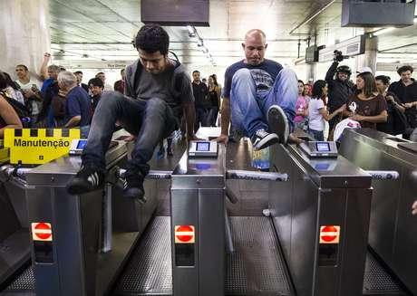 <p>Metroviários estão em greve desde a última quinta-feira</p>