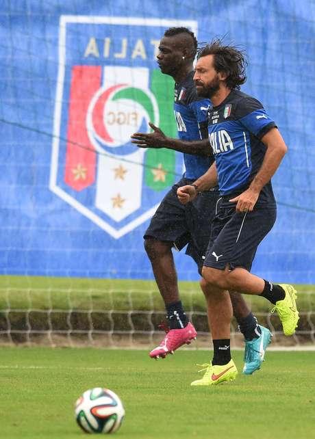 <p>Pirlo anuncia aposentadoria da seleção itaiana</p>