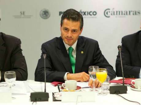 <p>El presidente Peña Nieto entra al debate de legalizacion.</p>