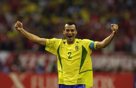 <p>Cafu foi capitão do na conquista do penta em 2002</p>