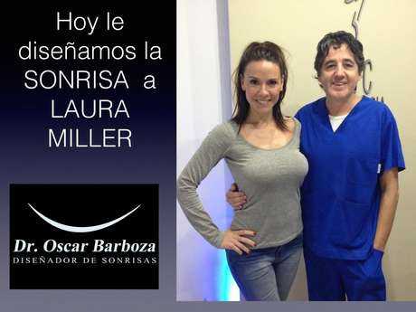 <p>El doctor Oscar barboza, odontólogo delos famosos, junto a una de sus pacientes: la periodista Laura Miller</p>