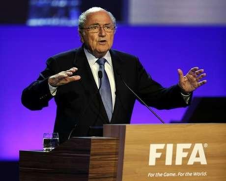 O presidente da Fifa, Joseph Blatter, discursa durante congresso da Fifa em São Paulo, nesta quarta-feira. 11/06/2014