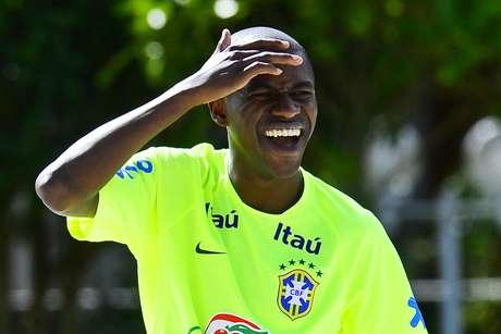 <p>Versatilidade de Ramires já foi elogiada por Felipão</p>