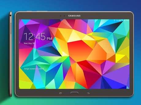 <p>Tablets da linha Galaxy Tab S têm 6,6 mm de espessura contra 7,5 mm dos iPad Air e iPad Mini com tela Retina</p>