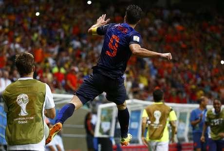 Van Persie comemora o quarto gol holandês