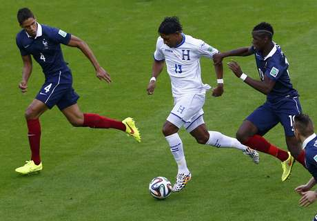 <p>França e Honduras começaram partida sem ouvir execução dos hinos</p>