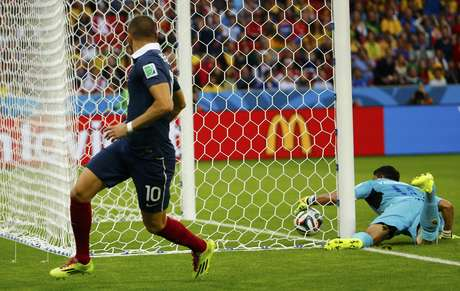 """<p>Gol contra de Valladares foi o primeiro """"tecnológico"""" da história</p>"""