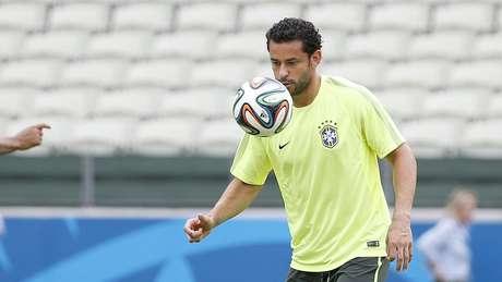 <p>Seleção Brasileira entra em campo naArena Castelão, em Fortaleza, na terça-feira, às 16h, contra o México</p>