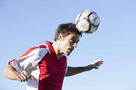 Para prevenir las caries es esencial beber agua durante la práctica deportiva